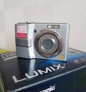 Цифровая камера   Panasonic - LS 80 lumix, silver