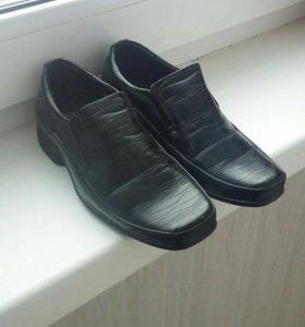 Детские класические туфли на мальчика.