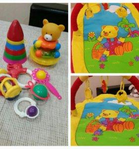 Коврик + игрушки