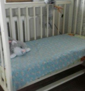 Кроватка +матрас