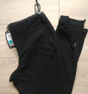 Новые стрейч брюки М&С