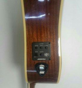 Электроакустическая гитара Washburn