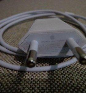 Зарядка от iPhone 5s. Оригинал