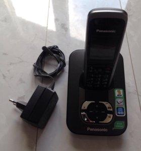 Беспроводной телефон Panasonic с автоответчиком