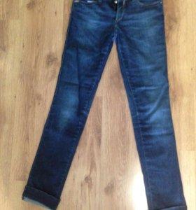Женские джинсы (Италия)