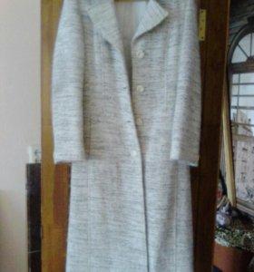 Пальто , срочно продам , торг