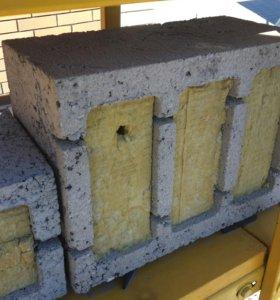 Керамзитобетонный блок утеплённый стеновой