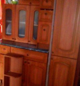 Кухня угловая б/у