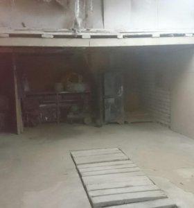 Сдаю в аренду гаражи