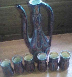 Кувшин фарфоровый и 6 стаканчика для вина