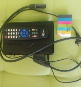 Тeлевизионная спутниковая приставка + телекарта