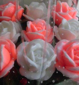 Корзиночка, букет роз из мыла.