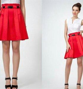 Новая красная юбка 46-48 размер