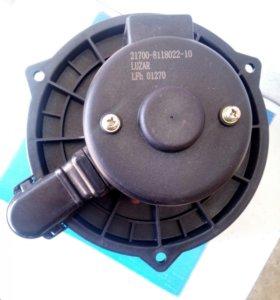 Новый моторчик отопителя для приоры,гранты