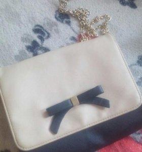Компактная сумка новое состояние