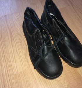 Ботинки мужские, новые