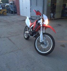 Мотоцикл motoland Crf250pro
