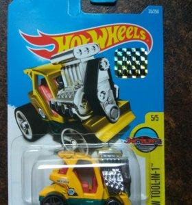 Машинка Hot Wheels