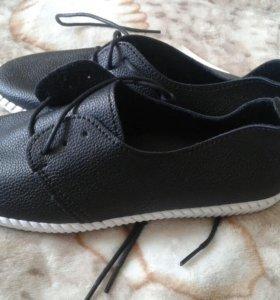 Кожанные туфли.