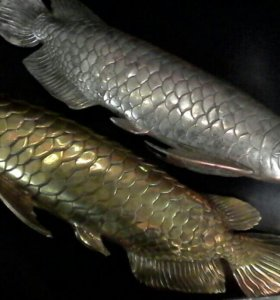 Рыбки бронзовая,  мельхиоровая.