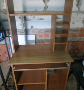 Стол для компьютера