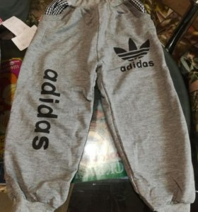 Спортивные штанишки новые