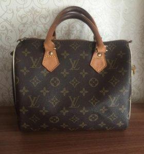 Сумка Louis Vuitton копия 1:1 с оригиналом