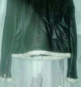 Курточка-новая