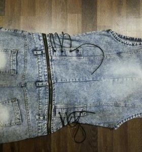 Комбенизон джинсовый шортами