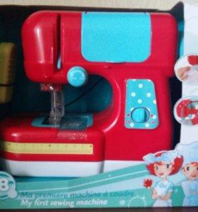 Новая детская швейная машинка