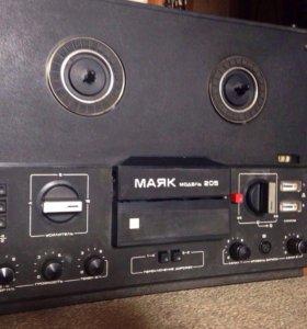 Катушечный магнитофон Маяк 205, СССР, 1981 год