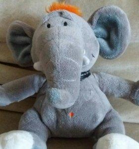 Игрушка слонёнок