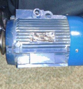 Двигатель 380v,1500кВт,935 об.