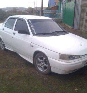 Машина ВАЗ 2110