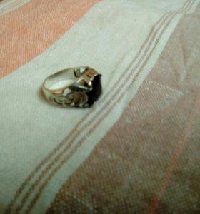 Мужской перстень с натуральным камнем
