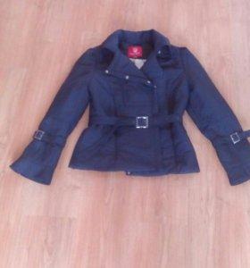 Куртка легкая , укороченная