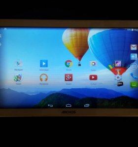 Большой 10 дюймовый планшет Archos 101 Cooper.