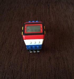 Часы Лего