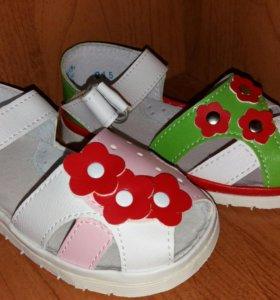 Новые сандалики для девочек