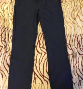 Новые брюки L