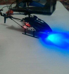 Вертолёт на радиоуправлении.