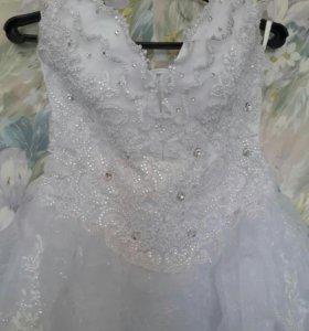 Свадебное платье(кринолин)туфли37р