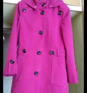 Пальто осенно-весеннее
