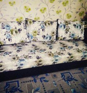 Продам диван срочно
