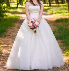Свадебное платье цвет Айвори 42-46 размер (торг)