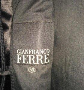 Куртка брендовая