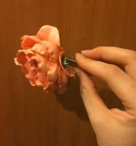 Заколка-брошь Роза
