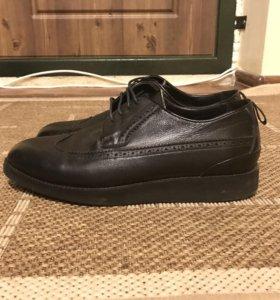 Мужские туфли, полуботинки