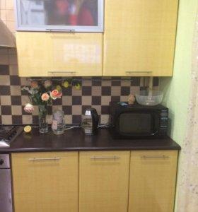 Кухонный гарнитур-полки