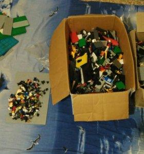 Много Лего (конструктор)